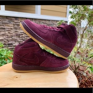 Nike youth's size 3 sneakers